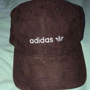 Adidas faux suede logo trefoil baseball hat